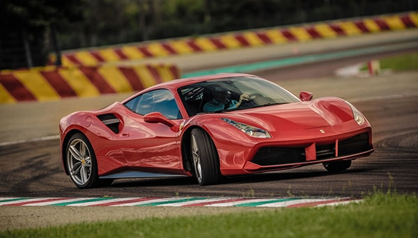 louer ferrari 488 gtb monaco top car. Black Bedroom Furniture Sets. Home Design Ideas